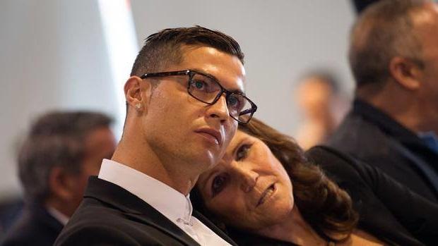 news ronaldo e sua mamma